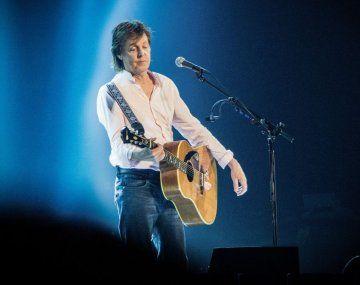 McCartney confesó que se comunica con el espíritu de Harrison.