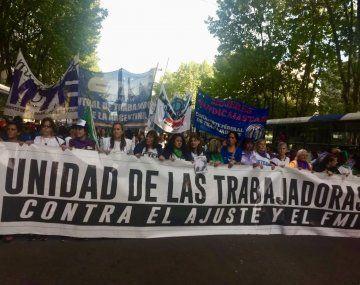 Organizaciones sociales marcharán contra la llegada del FMI.