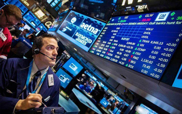 Guerra de fabricantes de vacunas en Wall Street: Moderna saltó 7,4% y Johnson & Johnson cayó 1,4%