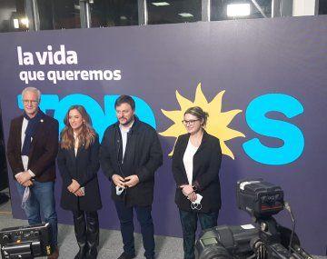 Gisela Marziotta resaltó la unidad del Frente de Todos durante la presentación de las candidaturas junto a Leandro Santoro, Victoria Tolosa Paz, y Daniel Gollan.