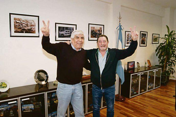 Reencuentro. Almuerzo para sellar la paz entre Hugo Moyano y Omar Viviani en las oficinas del taxista.