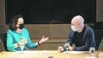 Vacunas. MaryKay Carlson y Horacio Rodríguez Larreta, ayer conversaron sobre el manejo de la pandemia y la provisión de vacunas.