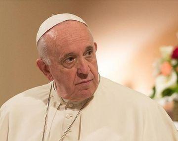 Francisco responde críticas israelíes por comentarios sobre la ley judía