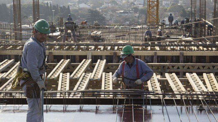 En enero, el costo de la construcción saltó 5,2% y los precios mayoristas aumentaron 1,5%