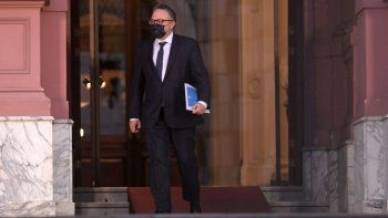 Matías Kulfas admitió que antes de fin de año puede caducar la prohibición de despidos.