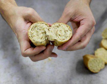 Quilmes usa su cebada para fabricar pan para donaciones