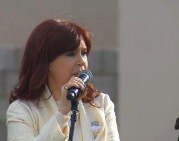 Cristina Kirchner en campaña: fuerte respaldo a Alberto Fernández y crítica a Macri