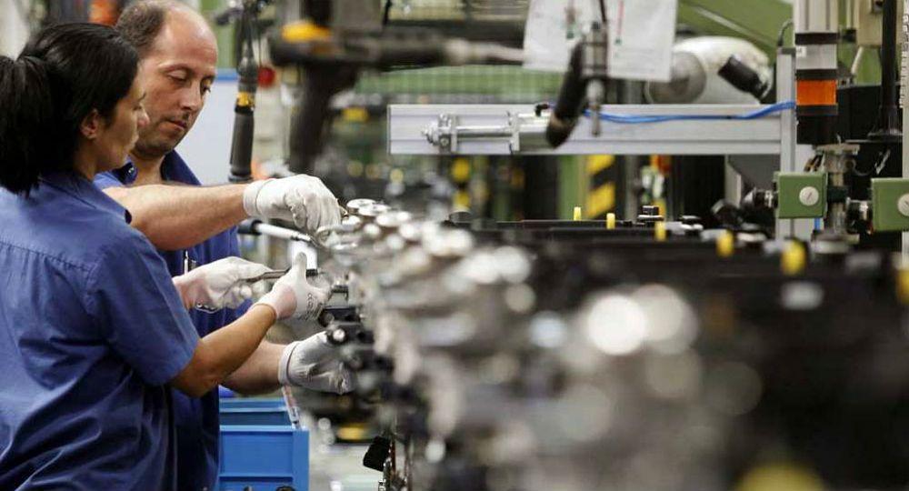 La mayoría de los empresarios consultados mencionaron tres factores necesarios para tener más competitividad: mayor oferta de materias primas y a precios más convenientes, menos impuestos y mejora en la infraestructura.
