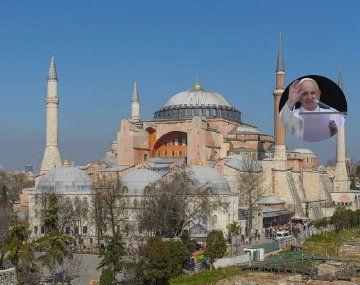 Mispensamientos están con Estambul, dijo el Papa.