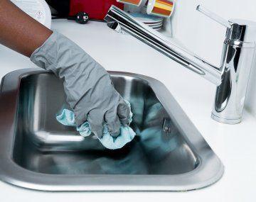 Aumentan los aportes mensuales para los empleados domésticos.