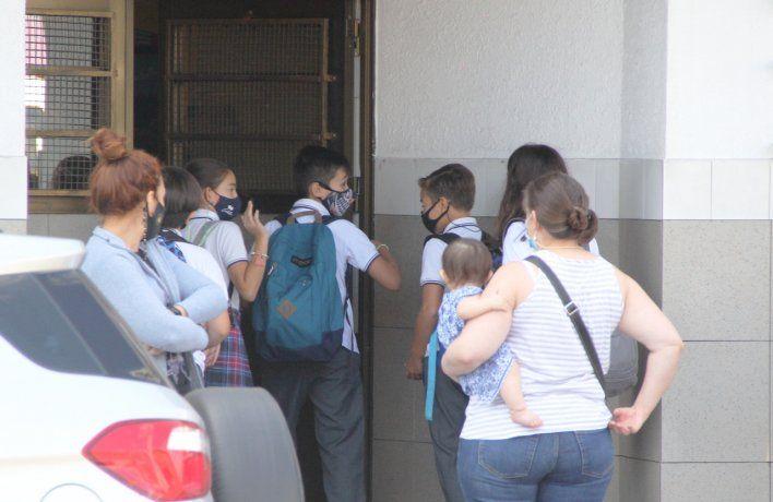 La Asociación de Entidades Educativas Privadas Argentinas (ADEEPRA) rechazó la suspensión de las clases presenciales dispuesta por el Gobierno nacional para el AMB