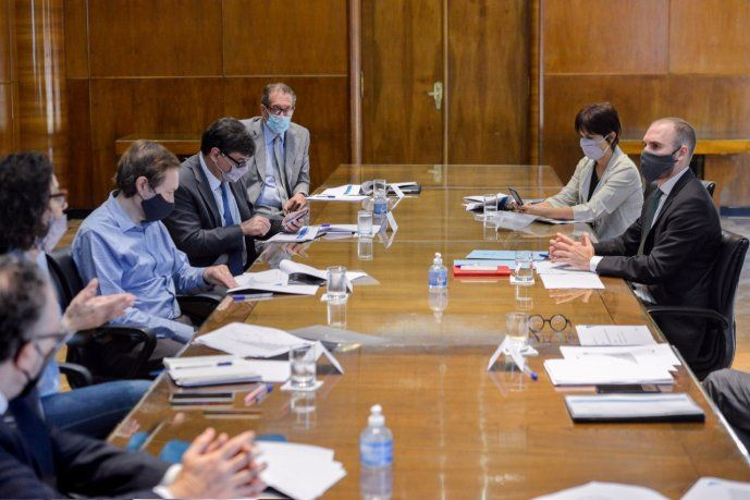 nueva-reunion-del-gabinete-economico