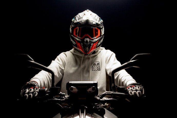 ¿Cómo y por qué el casco salva tu vida?