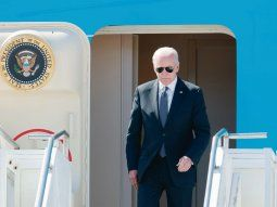 PREVIA. El presidente estadounidense Joe Biden, ayer, al llegar a Ginebra, donde hoy se reunirá con su homólogo ruso Vladímir Putin.
