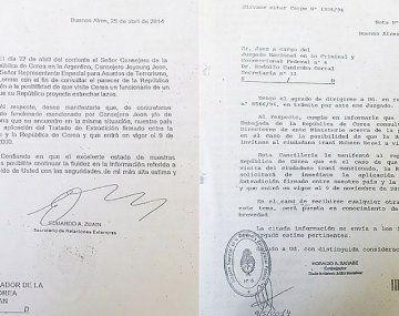 Los dos documentos que demuestran que la Argentina nunca intentó bajar las alertas roja emitidas por los iraníes sospechosos del atentado a la AMIA.