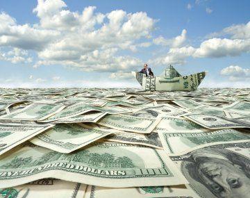 El dólar turista se mantuvo casi estable, mientras CCL y MEP saltaron a nuevos máximos históricos.