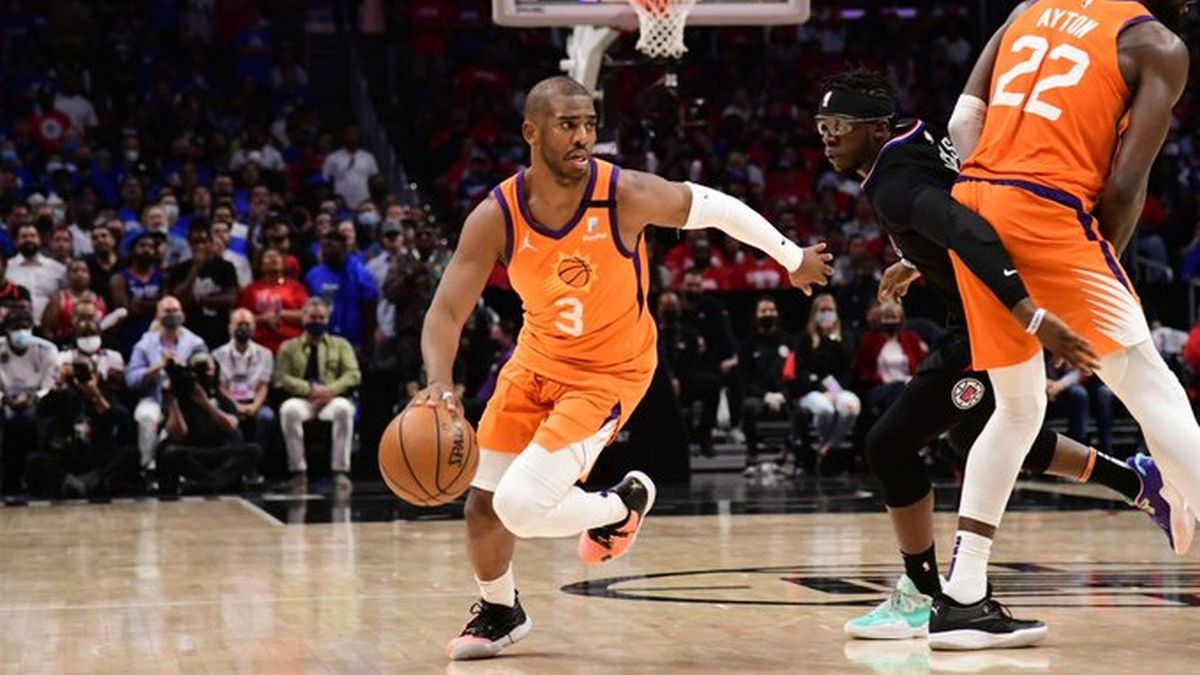 Phoenix Suns y Milwaukee Bucks jugarán la final de la NBA