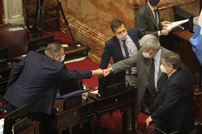 El Senado convirtió en ley la reforma del impuesto a las Ganancias y el Monotributo