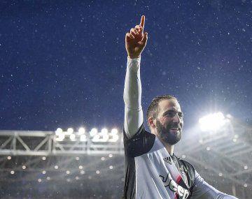 Italia lucha contra el coronavirus. Juventus, incluido Gonzalo Higuaín, armaron una campaña en redes sociales para ayudar.